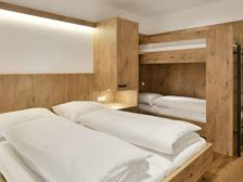 B3-Bedroom_bunk-900x450