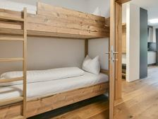 F2-double-bunk-room-900x450