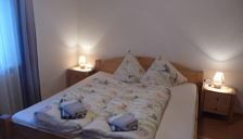 Double room, shared shower/shared toilet, 1 bed room