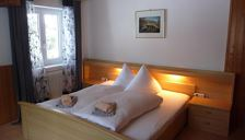 Triple room, shared shower/shared toilet, 1 bed room