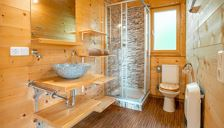 Hut, shower, toilet, 2 bed rooms