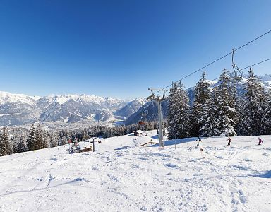 brandnertal-loischbahn-winter-panorama